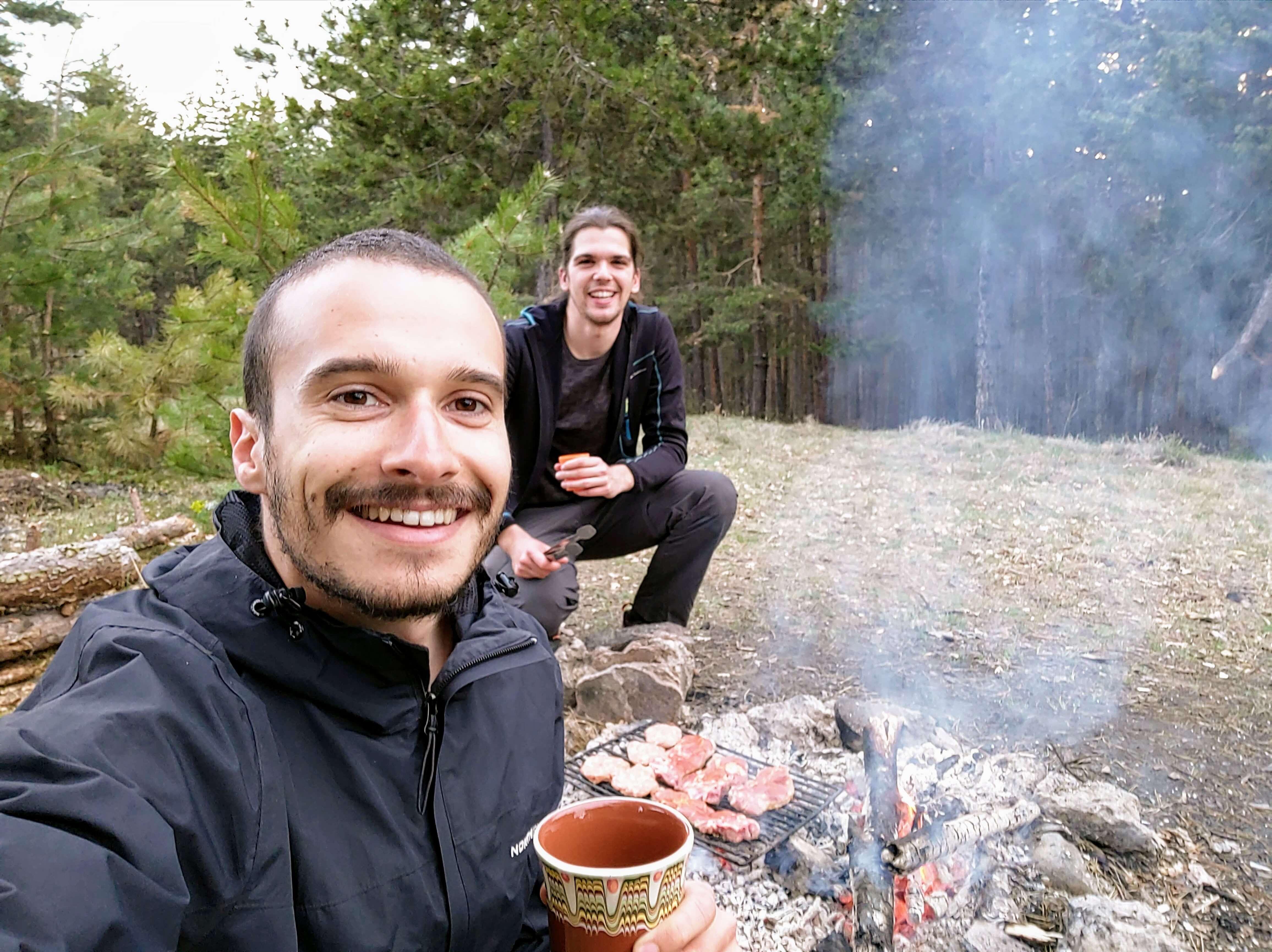 скара в гората